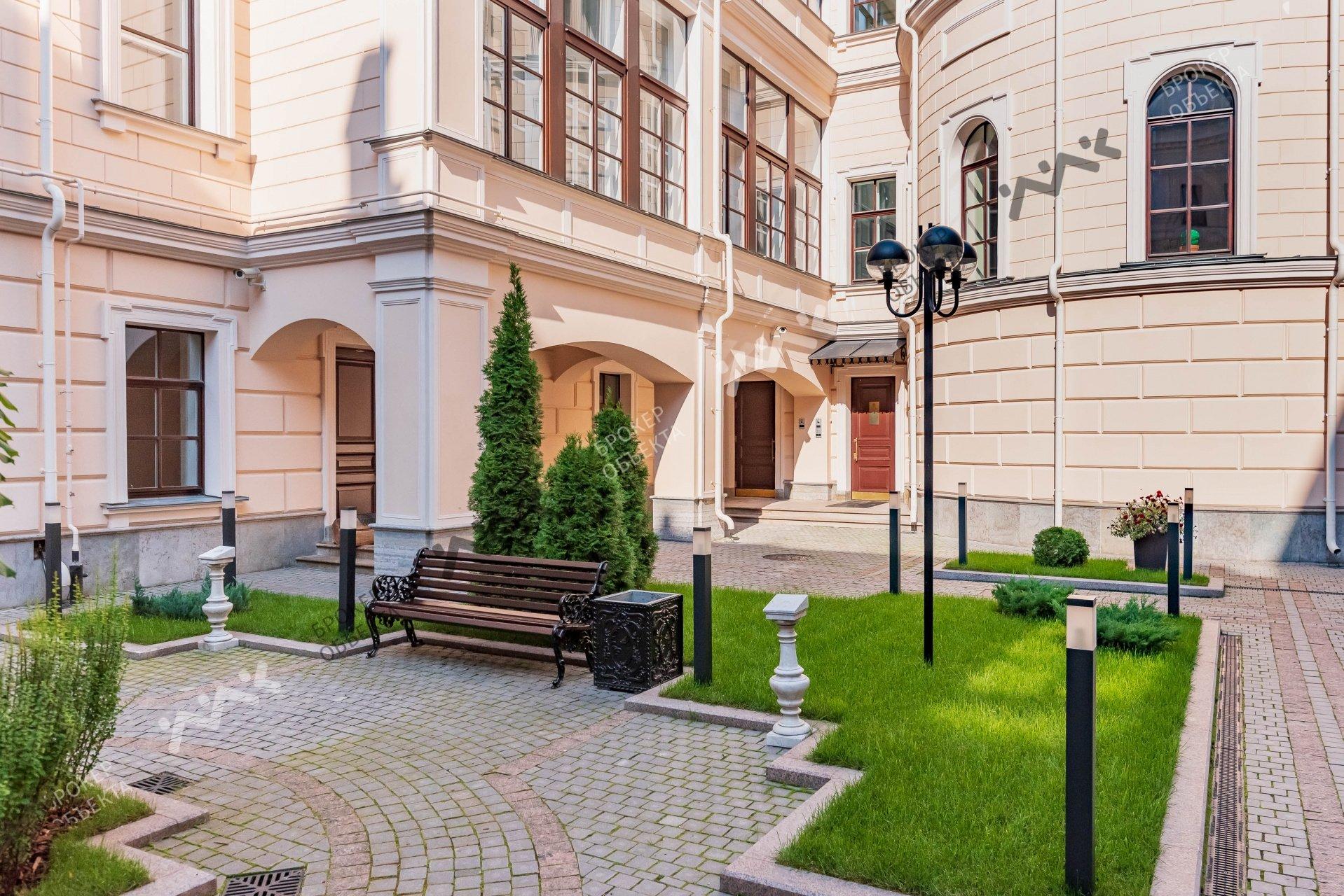 Клубный дом Особняк Кушелева-Безбородко
